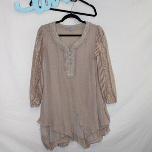 PRETTY ANGEL Beige Lace Tunic Top Size SMALL